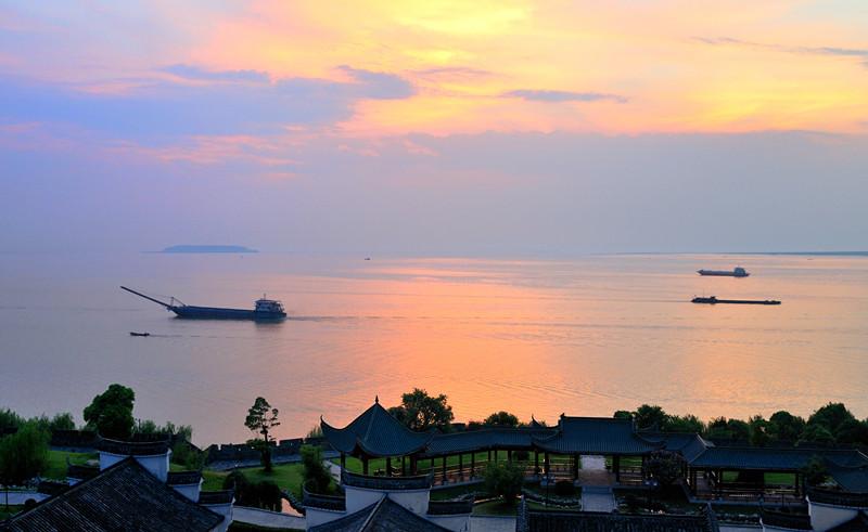 洞庭湖夕阳